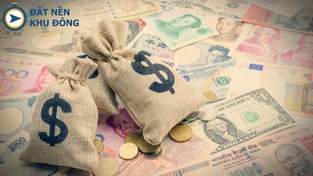 Giữ tiền mặt tránh bẫy